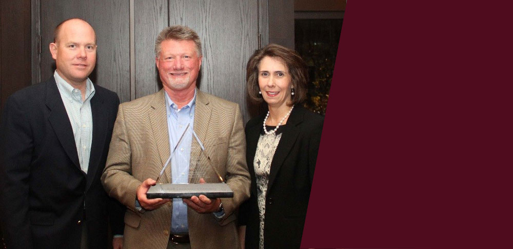 Caddell Construction wins the Southern Company Triangle Safety Award